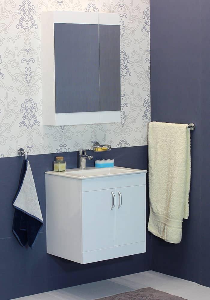 100 % PVC водоустойчиви мебели за баня Брилянт 55 см на цена 550.00 лв.